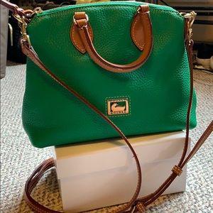 Dooney & Bourke green crossbody bag